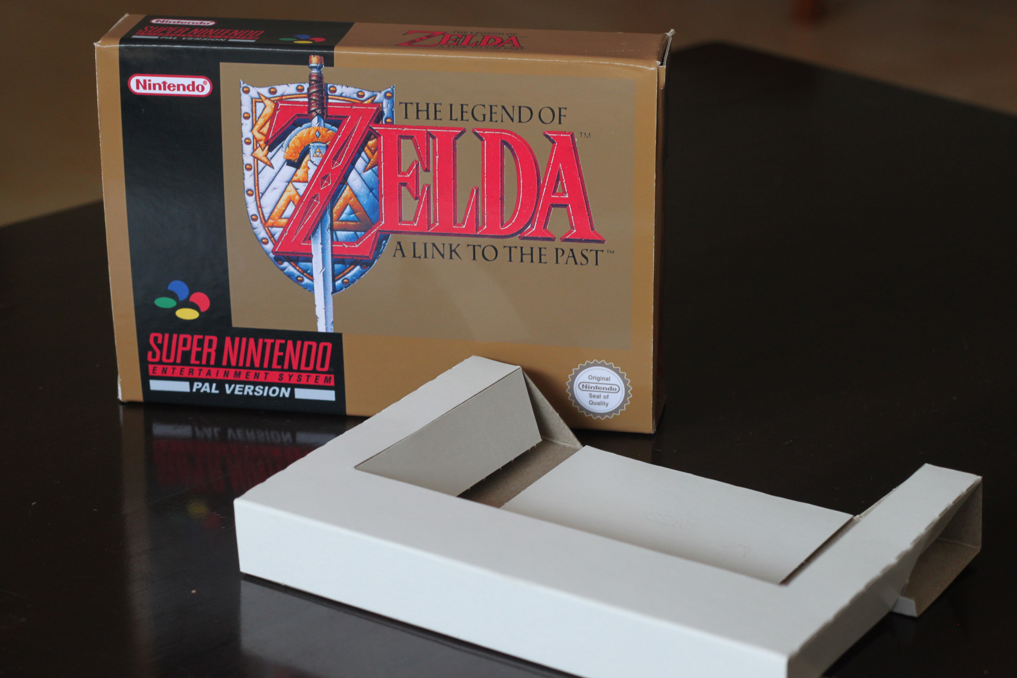 Legend Of Zelda A Link To The Past Box and cart insert only